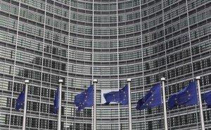 La gauche doit prendre l'engagement de consulter les Français sur la question européenne dans Front de Gauche 2012-02-27t075643z_1_apae81q0m2m00_rtroptp_3_ofrtp-france-sarkozy-referendum-20120227-300x185