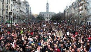 Lisbonne : 300 000 manifestants contre la rigueur imposée par la