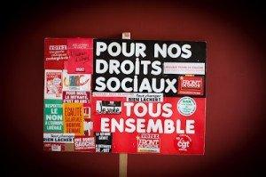 500 syndicalistes appellent à voter pour Mélenchon dans France FdG-111011-Pancarte-300x199