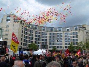 Grand meeting des cheminots ce mercredi 4 avril 2012 à Paris      dans CGT m1_1-300x224