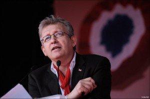 Pierre Laurent : et maintenant, Sarkozy dehors ! dans Front de Gauche marseille_061-300x199
