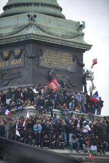 Un 6 mai, place de la Bastille  dans POLITIQUE fab2368_web