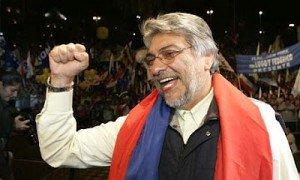 Paraguay : Coup d'État des classes dominantes contre Fernando Lugo  dans Amerique latine 080815-ParaguayFernandoLugoInauguration-300x180