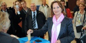 Législatives à La Rochelle   dans Legislatives 2012 2012-06-11segolene-royal-larochelle-300x150