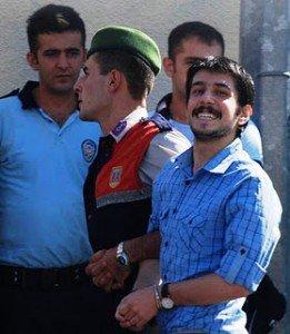 Turquie : 2200 étudiants et lycéens en prison   dans Solidarite arton651-261x300