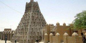 Tombouctou : Les islamistes détruisent les mausolées  dans AFRIQUE mausolees-300x150