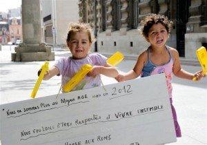 Roms : Ne pas en rester aux effets d'annonce (communiqué du PCF) dans Discriminations roms_1-300x210