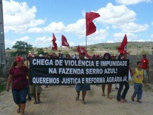 serro-azul_0-300x225 Travailleurs ruraux sans terre dans Bresil