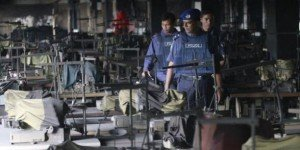 Bangladesh : L'association de défense des travailleurs du textile accuse les firmes étrangères de