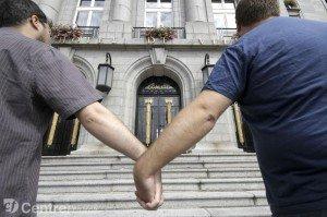 Mariage pour tous : Nouvelle reculade de François Hollande - Victoire idéologique de la droite ! dans Discriminations