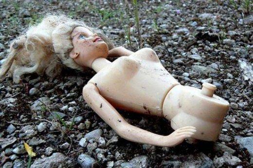 Conditions de travail désastreuses, salaires de misère... : le lot quotidien des ouvriers des sous-traitants de Mattel dans CGT barbie