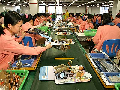 barbie1 China Labor Watch dans Chine