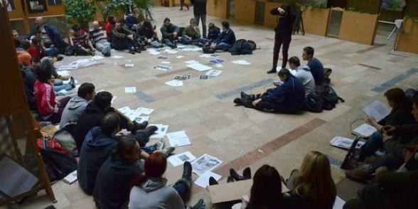 Hongrie : Face à la colère des étudiants, le gouvernement fait marche arrière... dans Austerite hongrietudiant