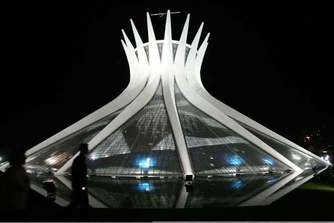 n3 Oscar Niemeyer dans Hommages