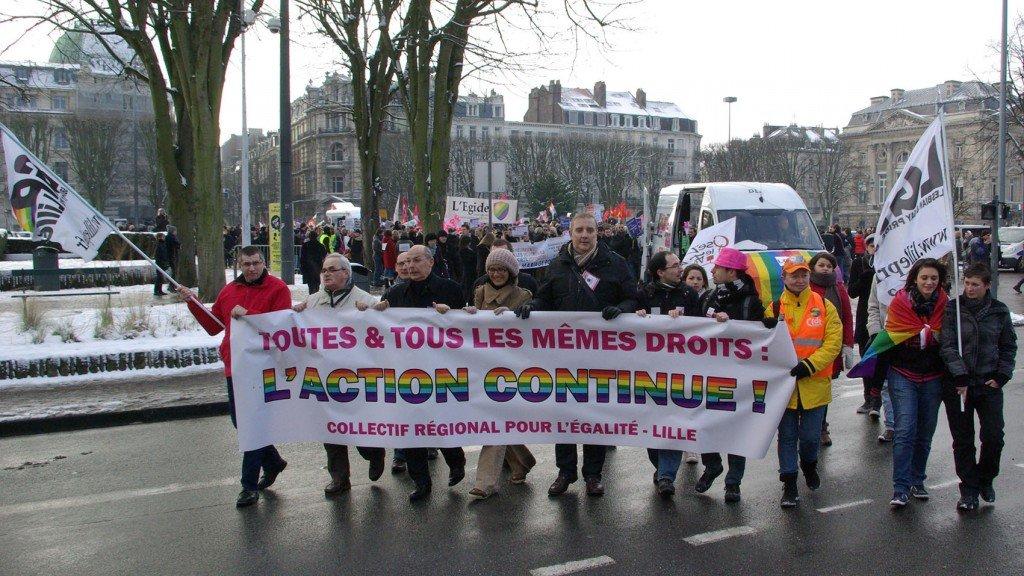 Mariage pour tous : la manif de Lille en photos dans Mariage pour tous mariagehomo