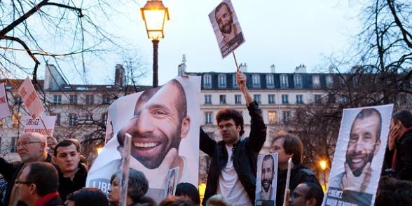 Rassemblement pour la libération de Nadir Dendoune détenu en Irak dans Irak nadir2
