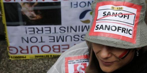 Des Sanofi manifestent au forum Biovision de Lyon dans ECONOMIE sanofric_1