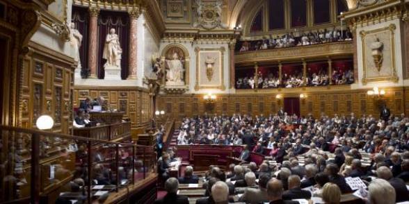 Sénat : communistes et écologistes contre