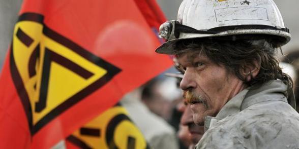 50 000 métallos allemands se mobilisent pour leurs salaires dans Allemagne alld_0