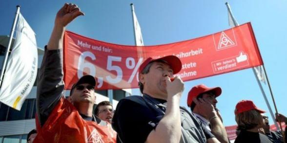 Allemagne : Les métallos durcissent leur lutte pour des augmentations de salaire dans Allemagne