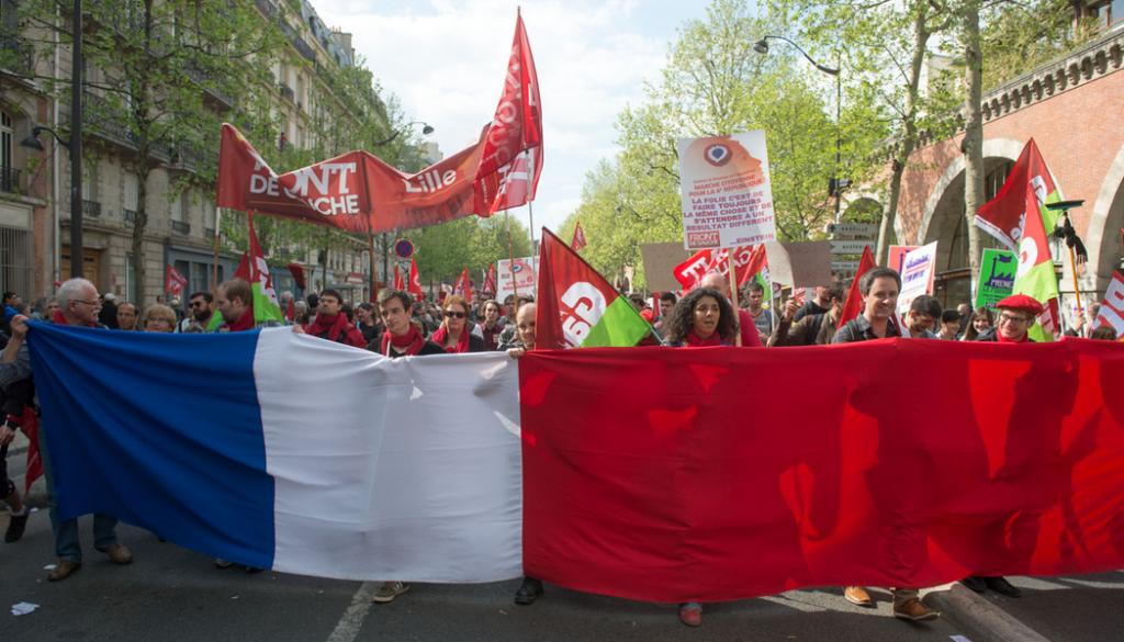 Diaporama marche citoyenne pour la 6e République à Paris le 5 mai dans France manif5mai0