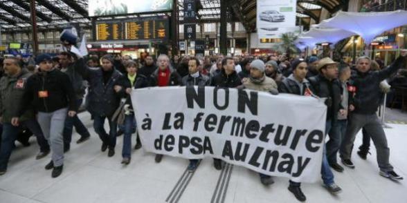 PSA Aulnay : les salariés suspendent la grève mais ne renoncent pas à défendre leur droit. dans CFDT psagaredunord