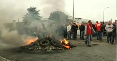 Goodyear Amiens : les salariés bloquent l'usine pour défendre leur emploi dans CGT capturegoodyear