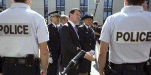 Le sarkozyste Manuel Valls réécrit la doctrine socialiste dans France valls-police-300x150